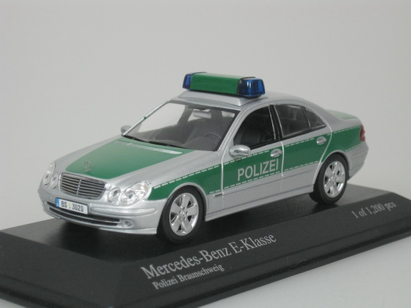 mercedes benz mb e klasse 2004 polizei braunschweig 1 43 minichamps 400031592 ebay. Black Bedroom Furniture Sets. Home Design Ideas